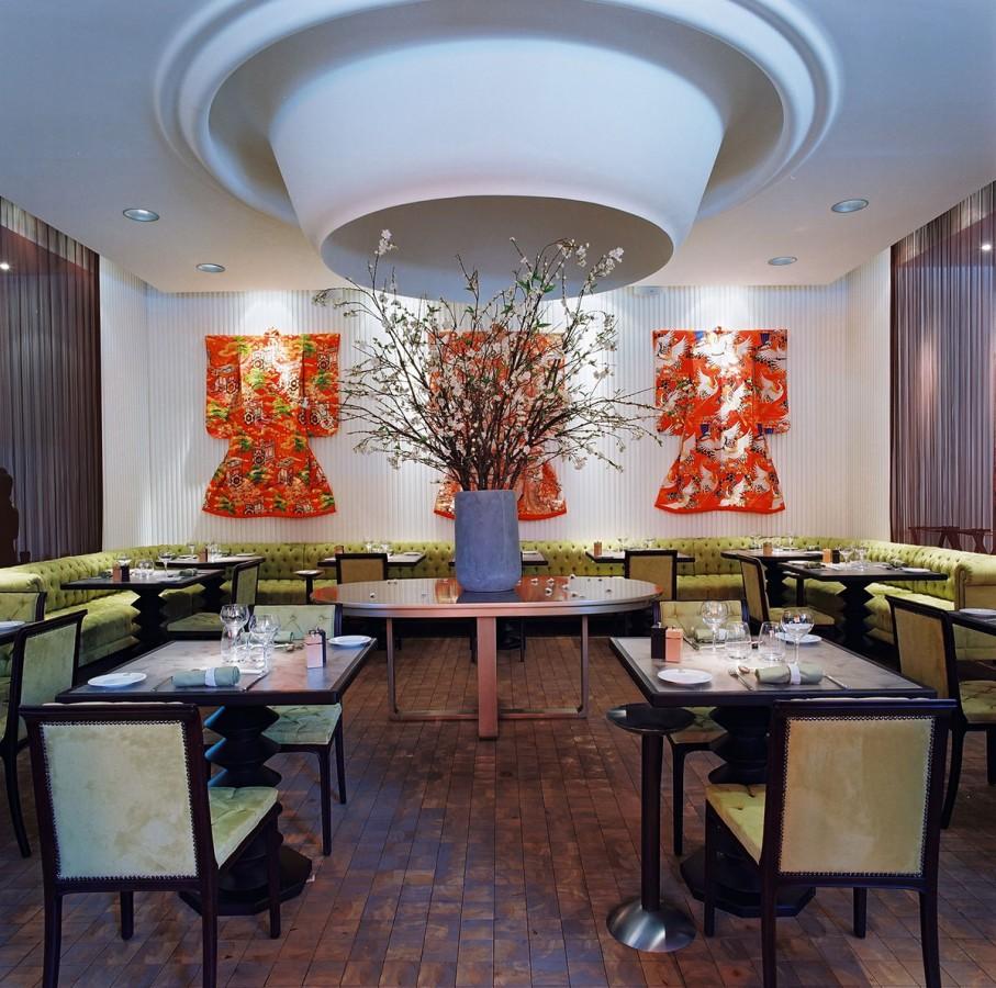 dining-with-kimonos